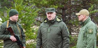 Командующий Нацгвардией генерал-лейтенант Юрий Аллеров и гвардейцы. Главные новости сегодня